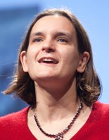 Esther Duflo, première économiste du développement honorée de la médaille Clark