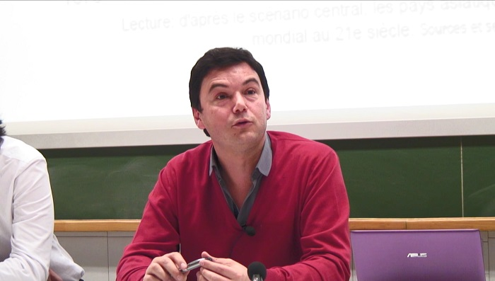 photos de Thomas Piketty lors du séminaire re/lire les sciences sociales